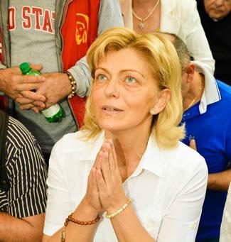 Vidente Mirjana na Aparição de Setembro de 2014